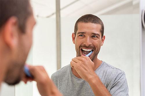 higiene-dental-postoperatorio-implantes